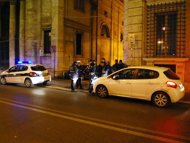 Roma, violenza su turista svedese Arrestato portiere d'hotel al Corso