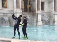 Sui social lo spettacolo delle fontane ghiacciate
