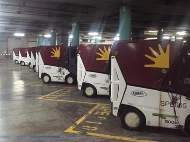 Ama, 500 mila euro per i mezzi mai usati parcheggiati in Vaticano