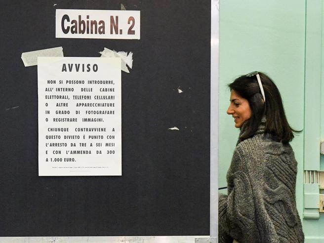 Firme per candidatura Raggi, nuove accuse Grillo: «Mettetevi l'anima in pace» Il video