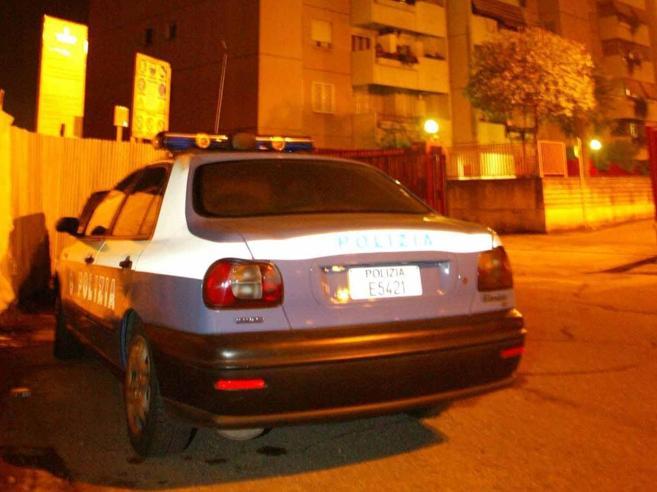 Roma, 16enne scout aggredita per strada: accoltella l'uomo che voleva violentarla