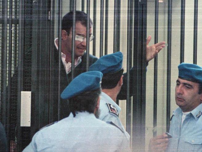 Mafia capitale, i giudici: «Solo corruzione, nessuna cupola»