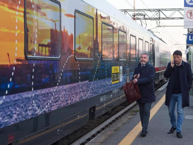 Viterbo, travolta e uccisa dal treno Pd utilizzato da Matteo Renzi