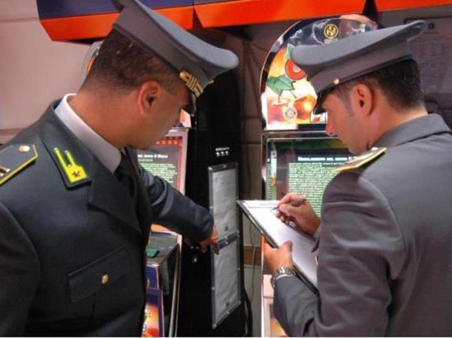Scommesse on line: smantellata organizzazione  tra Ciociaria e  Sicilia