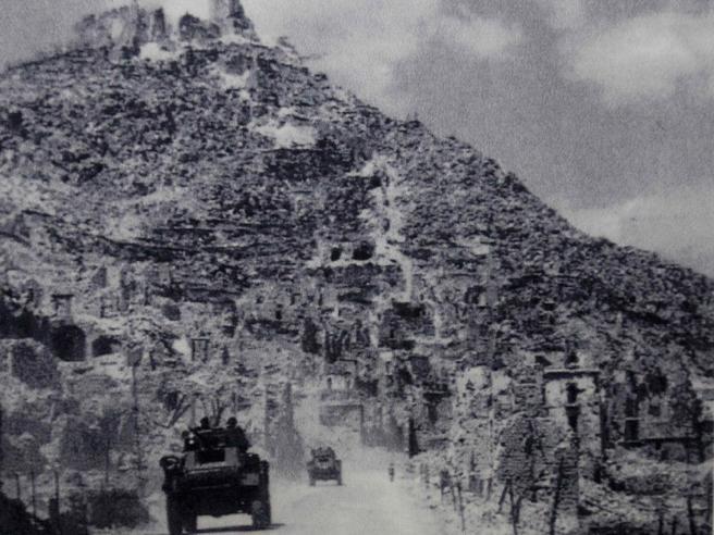 Cassino, stele per i parà tedeschi: annullata  l'inaugurazione  Foto