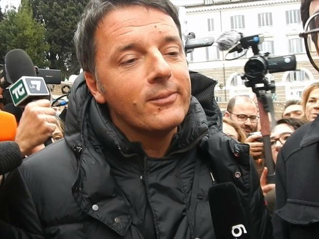 Renzi e l'intervista in inglese: «Only one question»