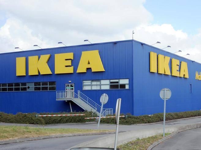 Scene Di Violenza Negli Store Ikea Ma è Campagna Di