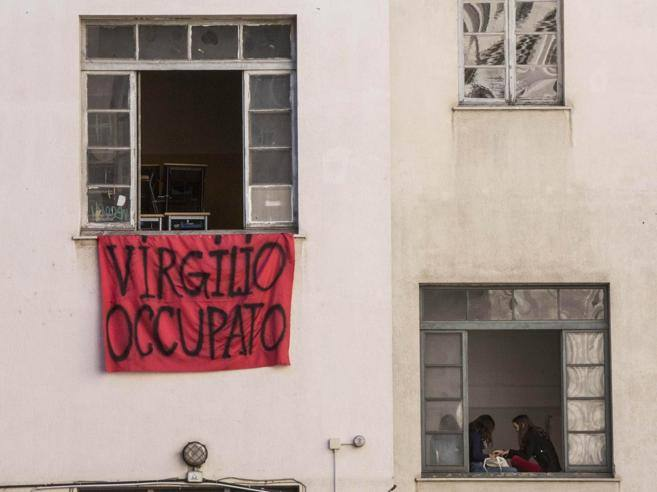 Roma virgilio la rivolta dei genitori e degli studenti for Ca roma volta mantovana