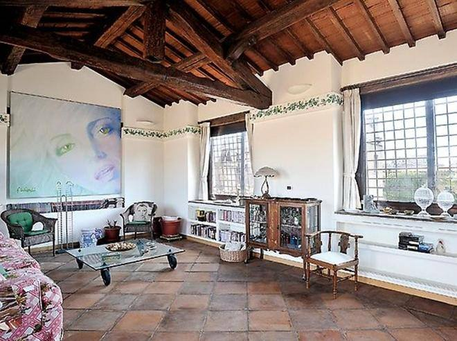 Vendesi casa melato era la terrazza da cui mariangela for Corriere casa